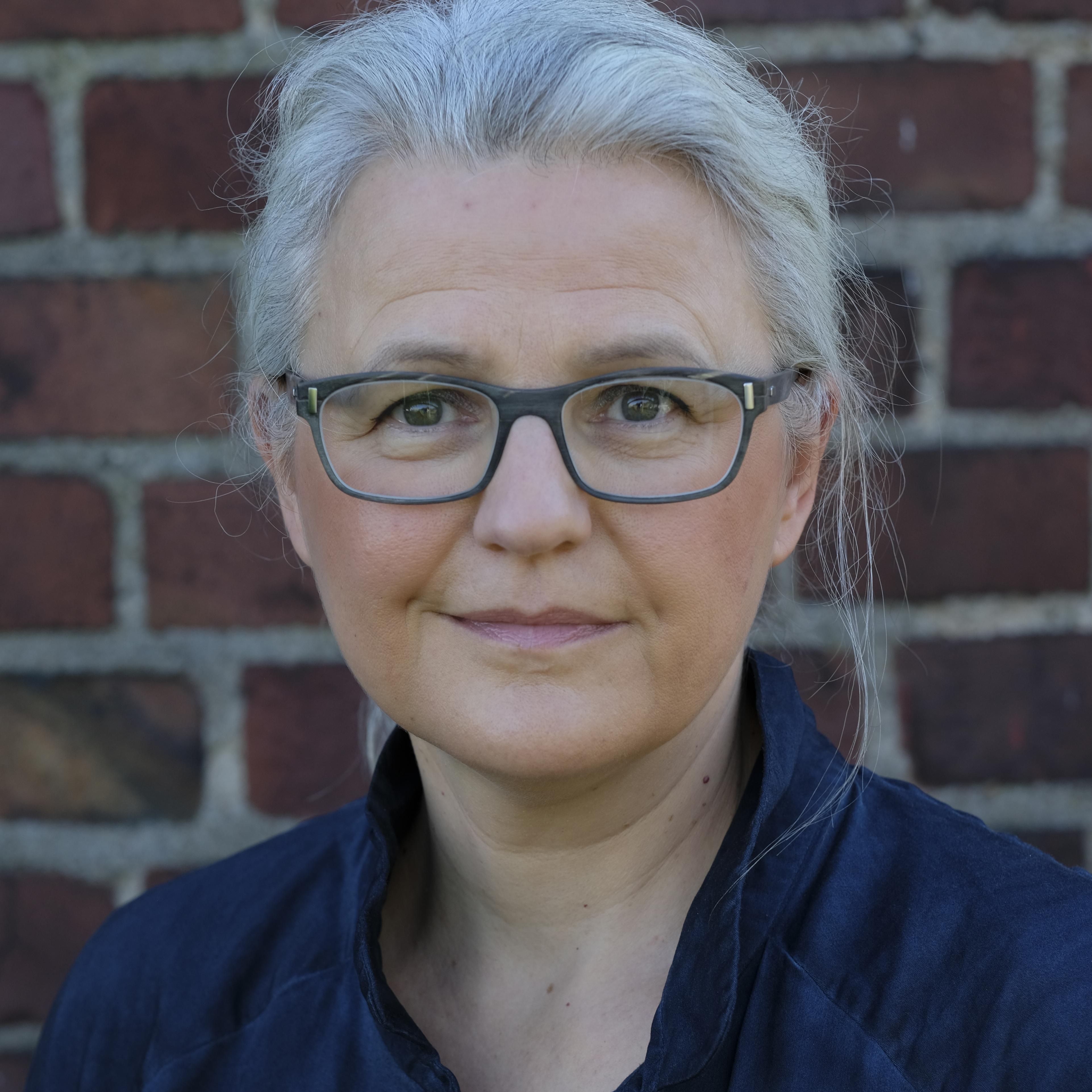 Speaker - Edith Gätjen